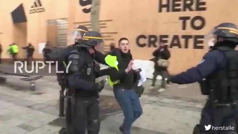Preuve dinfiltration policière chez les gilets jaunes
