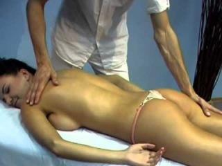 spa-saloni-eroticheskogo-massazha-vakansii