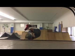 8-летняя скейтбордистка, выступающая на профессиональных соревнованиях