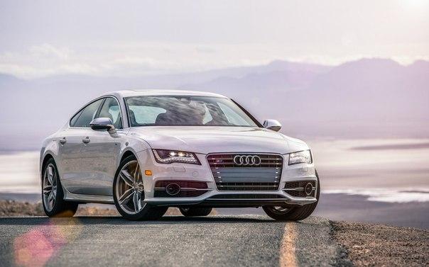 Audi S7 Sportback   4.0 TFSI Quattro Двигатель- 3993 см³ Мощность- 420 л.с.  Коробка передач- автоматическая (7 ступеней)  Привод- полный  Разгон до сотни- 4,7 сек Максимальная скорость- 250 км/ч  Расход топлива (л/100 км) город / трасса - 13,4 / 7,5   в России от $121,120 в США от $80,200