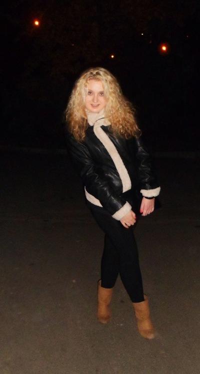 Танюша Мовчанюк, 6 апреля 1993, Коростень, id17667392