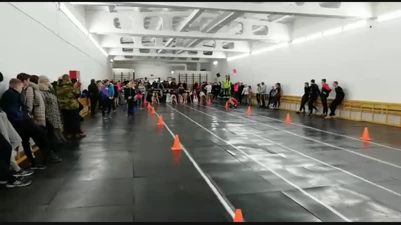г.Катайск, Курганская обл. 60м. 4-я дорожка) результат-8.3,финал-8.2,третье место