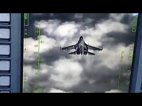 Работа лазерно-телевизионной системы наведения Су-34 в режиме сопровождения цели