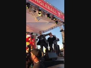 [FC|VK][30.11.2018] KIIS Jingle Ball Village in Los Angeles - Rush
