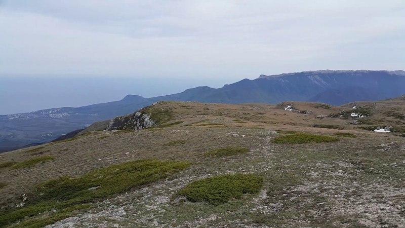 Вид с вершины Ангар-Бурун (г. Чатыр-Даг)