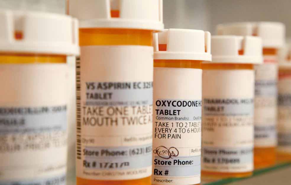 Медицинские работники все чаще не хотят назначать Оксиконтин и оксикодон из-за сильной аддиктивности этих опиоидных анальгетиков.
