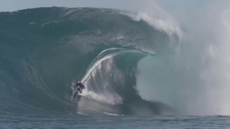Indian Ocean Mega Swell Hits Australia - Filmers @Large_ The Right.mp4