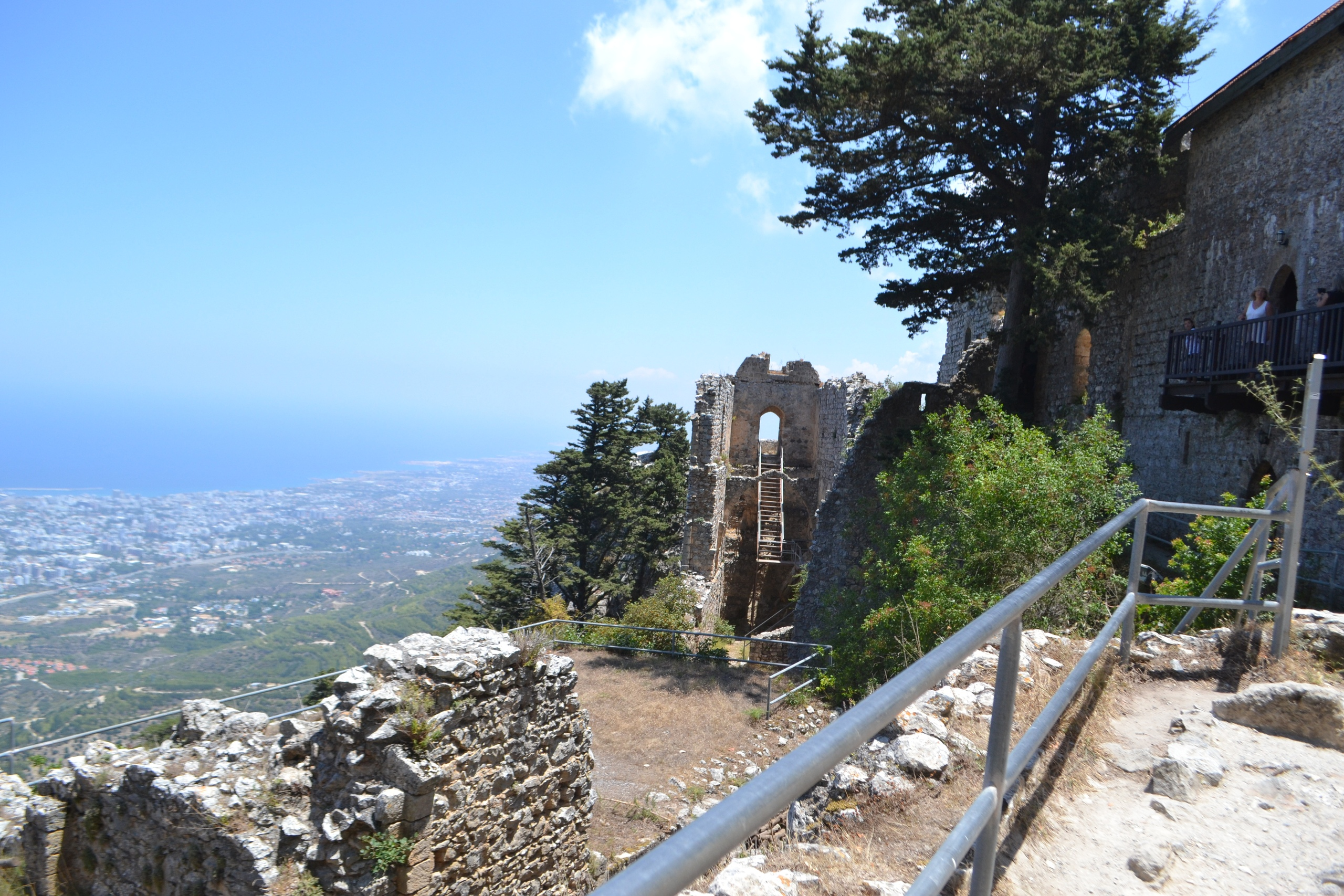Северный Кипр. Замок Святого Иллариона. (фото). - Страница 2 NnL6MM4olOg