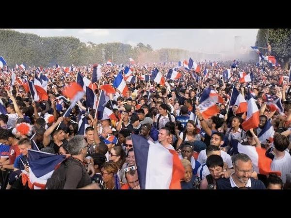 Finale du Mondial 2018 : Ambiance dans la fan zone (15 juillet 2018, Paris) [4K]