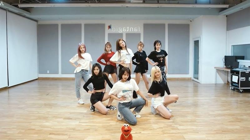 Weki Meki (위키미키) - Crush Dance Practice (Mirrored)