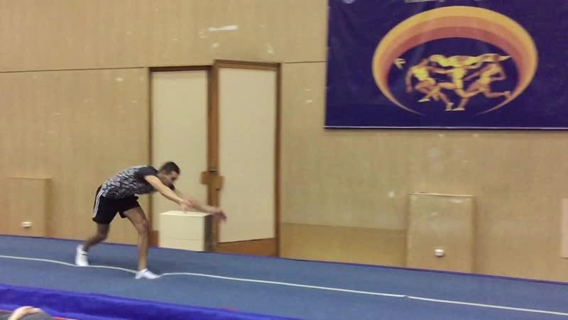 Vadim Izvekov - Acro Sport