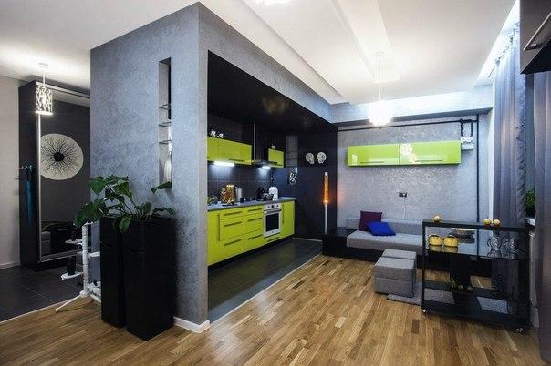 Дизайн интерьера студии в Львове площадью 52 кв.м. Дизайн студии был разработан парой молодых архитекторов и дизайнеров для собственного проживания. Исходное планирование было частично изменено: кухню, комнату и коридор объединили в единое пространство, демонтировав перегородки между ними, а зонирование было достигнуто путем комбинирования различных покрытий, текстур, цвета. Особое внимание было уделено искусственному освещению, так как в квартире ощущалась нехватка солнечного света. По словам…