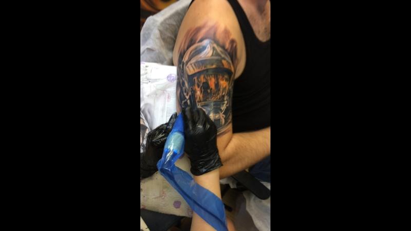 Шикарная татуировка! Заходи с нами БольноДомБолиБашня