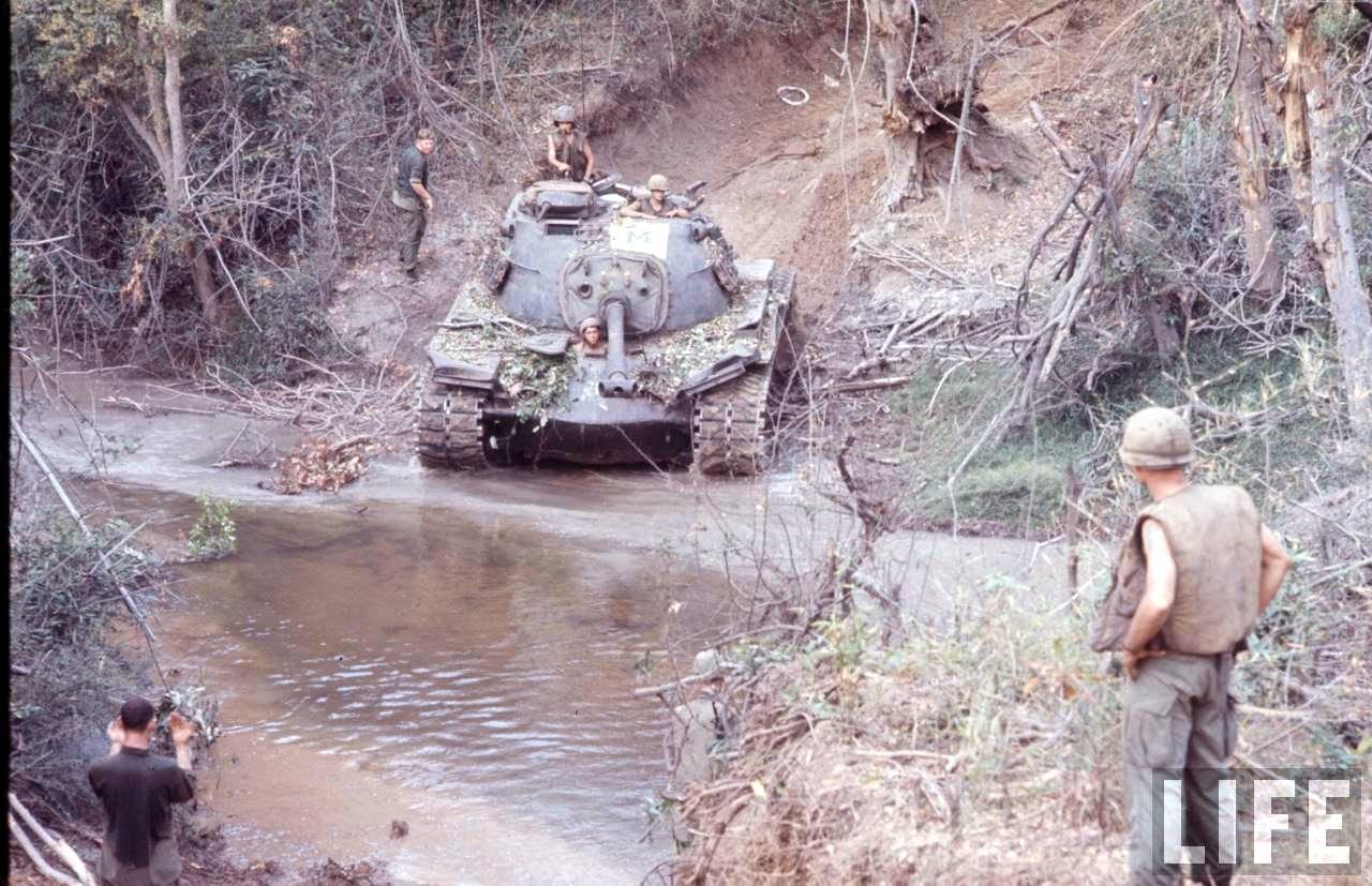 guerre du vietnam - Page 2 FiXLfARpWX0