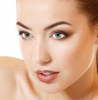 Вечерний макияж для загарелой кожи