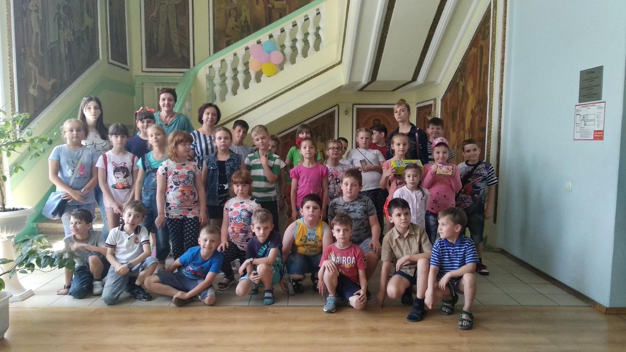 отдел обслуживания учащихся 5-9 классов, Донецкая республиканская библиотека для детей, лето в библиотеке, работа с пришкольными лагерями