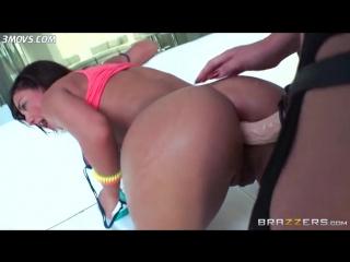 www.3movs.com---phoenix-marie-fucks-amara-romani-s-shit-hole-with-a-strap-on_lq
