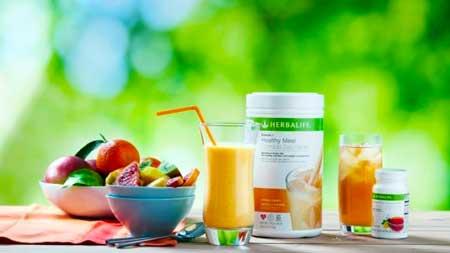 Чтобы похудеть ваша диета должна состоять из 70% гербалайфовых коктейлей и 30% сырых, свежих и органических фруктов и овощей.