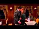 Поцелуй Шелдона и Эми (7x15 Теория Большого Взрыва)