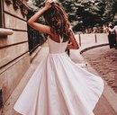 Любящая женщина имеет бесконечное терпение, она терпит многое…
