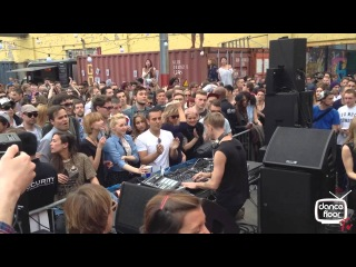 dancefloor Tv. RICHIE HAWTIN CLOSING SET LONDON IN THE STREET (dotUP free gig) 05/05/2013