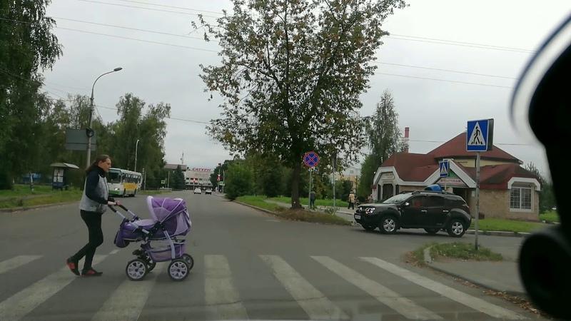 Поворот направо с ул.Лизы Чайкиной на ул.Проспект Ленина