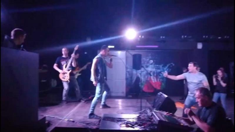В Нерехте проходит фестиваль тяжёлой музыки, группа Эйфория