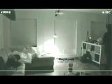 Помните тот момент, когда Чонгук уснул на диване, и Чимин...