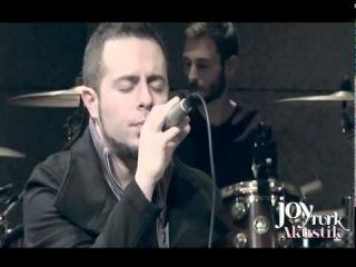 Emre Aydın - Akşamlarda Parmak İzlerin // JoyTürk Akustik