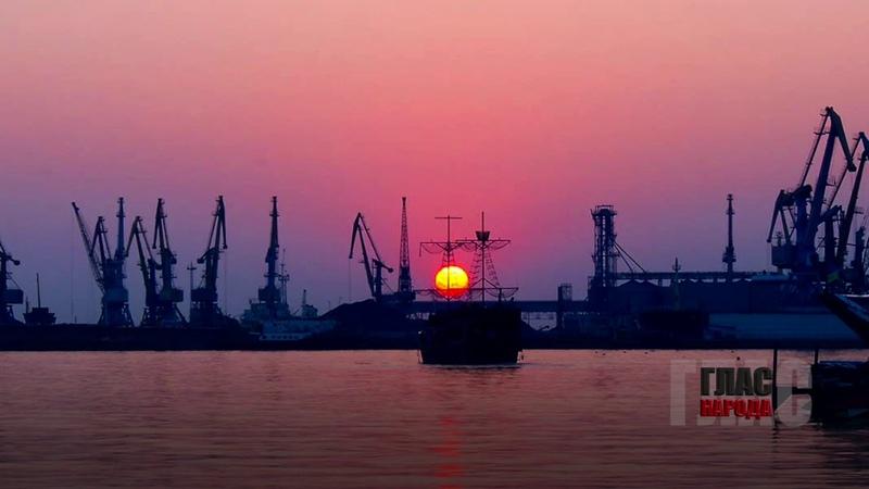 ✔ СМИ рассказали, зачем Украина направила военные корабли к берегам Крыма
