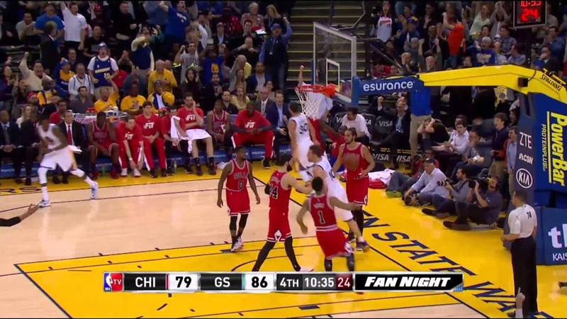 Stephen Curry sick no look pass to David Lee against Chicago (1-27-15)