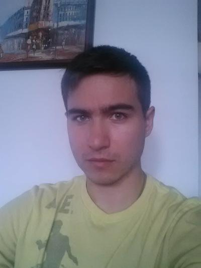 Миша Берлай
