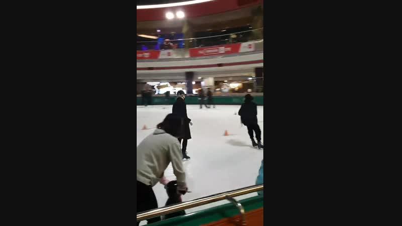 지민 정국 - 스케이트도 완전 잘 타 ㅠ - 도대체 못하는게 뭐야 ㅠ - 손 떨려 ㅠ 너무 놀랐어요 ㅠ - - manofperfection - JIMIN