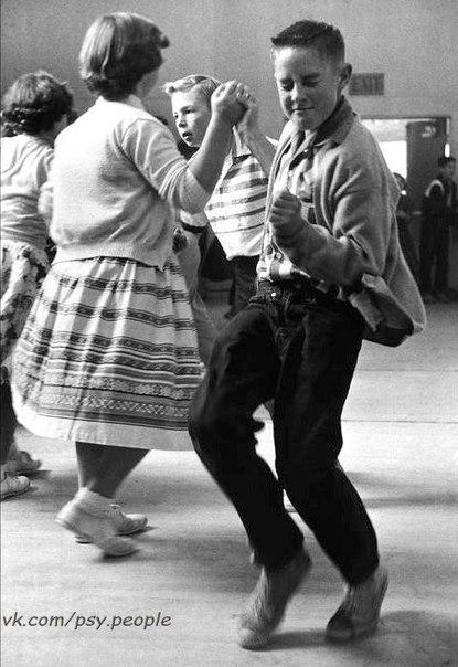 Школьная дискотека 50-х!