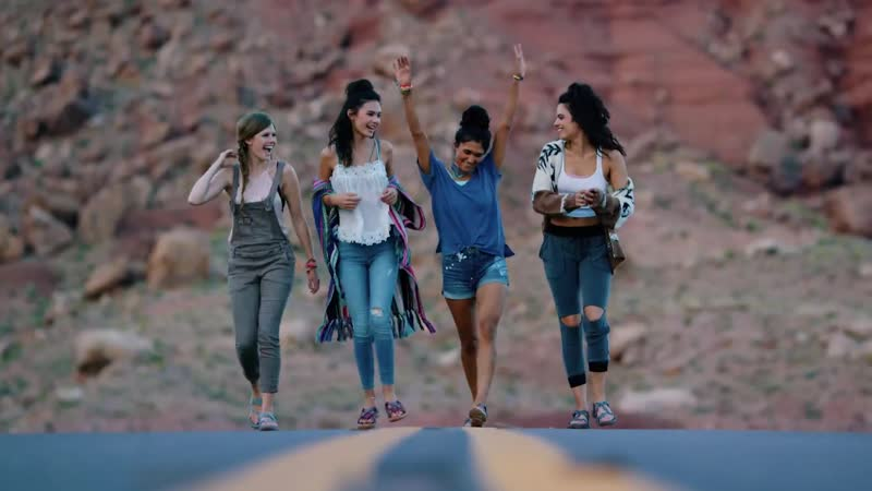 """Skechers Sandals """"Outdoor Lifestyle"""" commercial"""