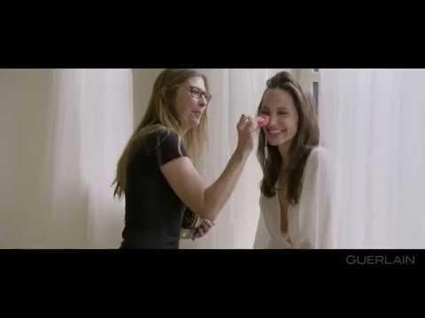 Mon Guerlain – Backstage avec Angelina Jolie – GUERLAIN