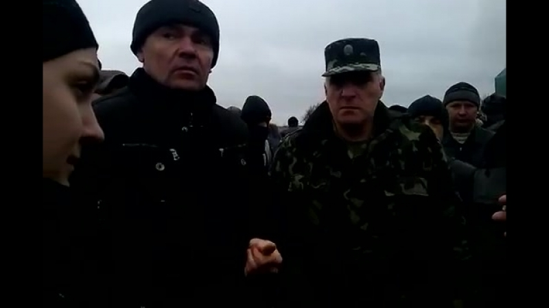 Часть 2 В городе Ровеньки, Луганской обл было задержано 3 Камаза с военными и оружием 13 04 2014