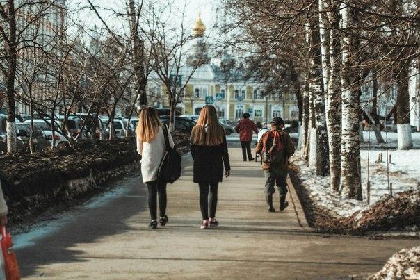Весна в городе ☀🍃  Фото: Сергей Конев