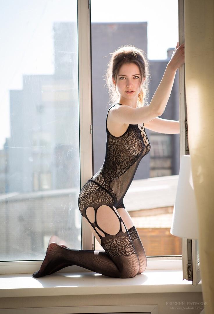 Sexy non nude model