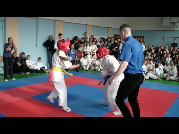 Успехи достигнувшие тренировками каратэ киокушинкаи.Тренер сенсей Ксения Шапошникова.