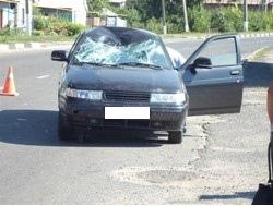 Под Курском пенсионер на велосипеде попал под машину