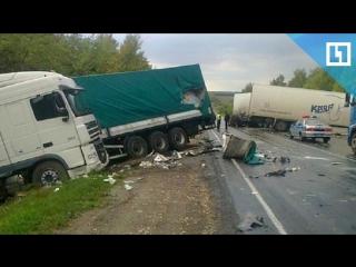 Лобовое столкновение фур в Рязанской области