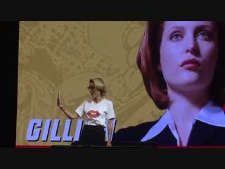 Gillian anderson at argentina comic con