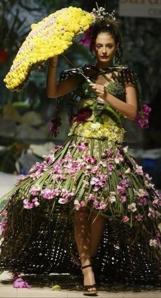 Как сделать платье из цветов на конкурс