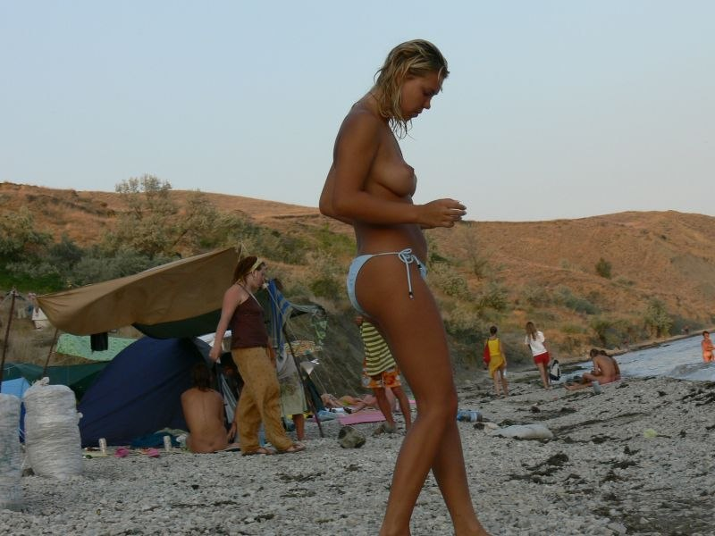 skritaya-kamera-na-nudistkih