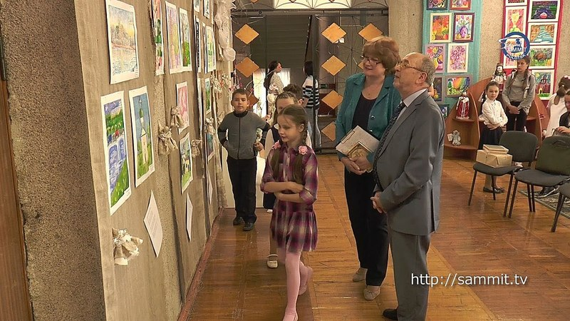 «СаммитТВ» У Наваполацку зладзілі выставу, прысвечаную Навуму Гальпяровічу