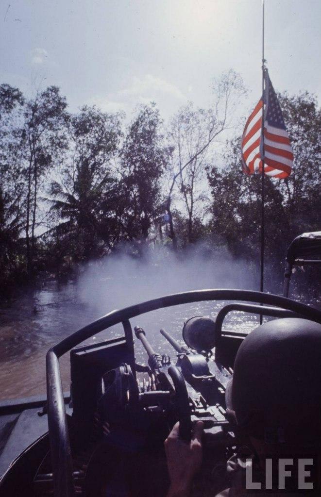 guerre du vietnam - Page 2 TzfVn-L3jeY