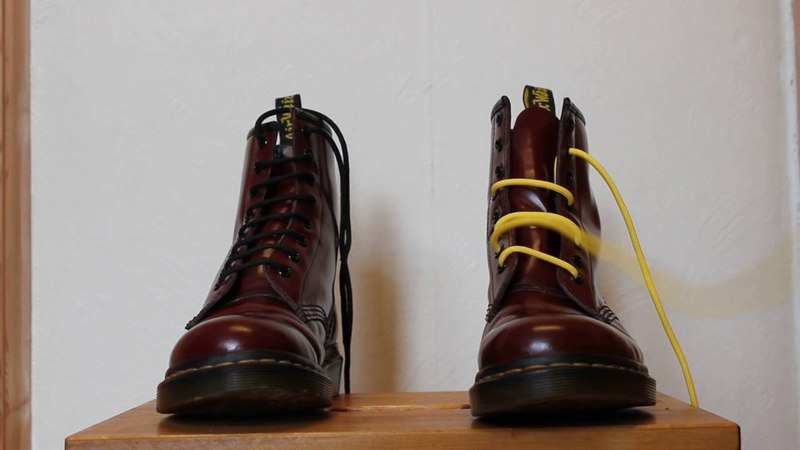 Easiest way to straight lace Dr Martens