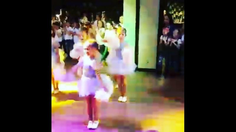 Выступление моей дочери на танцевальном батле