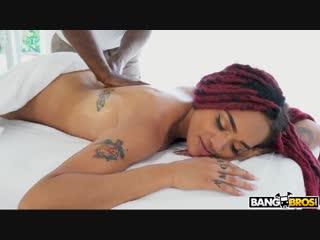 Julie kay - julie kay gets creampied by masseur